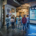Zwiedzanie Swarzędzkiego Centrum Historii i Sztuki (fot. Jakub Pindych PLOT)